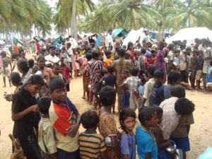 phoca_thumb_l_Children waiting to get kanchchi at TRO center..