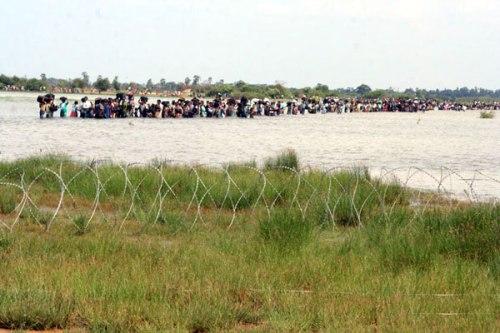 102-IDPs across N-lagoon