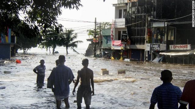Tsunami Aftermath in Terrible Photo-Imagery   Thuppahi's Blog