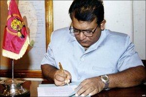 59- VP signs peace accord 2002-BBC