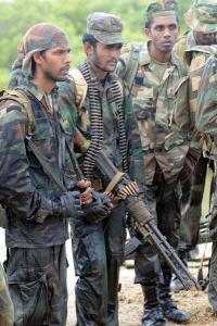 SL ARMY TROOPS