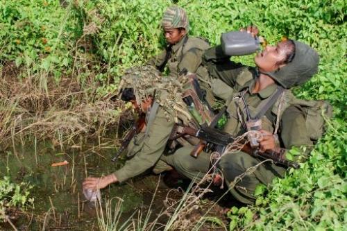 Feamle LTTE fighters 44--source LTTE