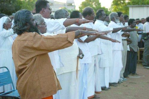11=Pongu Tamil Salute(2)