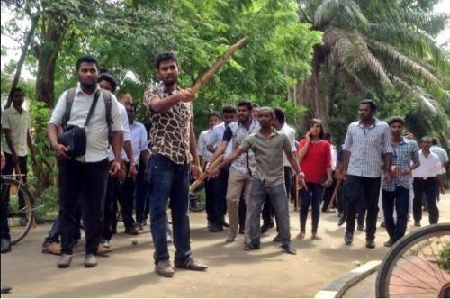 jaffna-university-clash-1=COL TEL