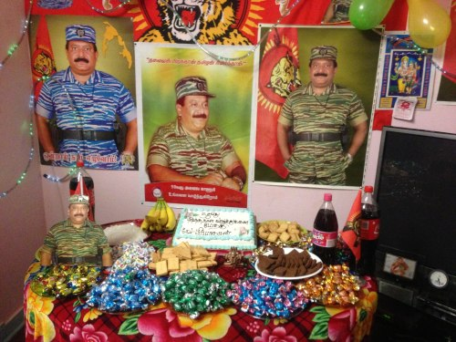 l-160-fb-heroes-day-offerings-2012