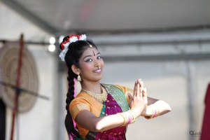 bharatha-natyam