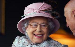 aza=queen
