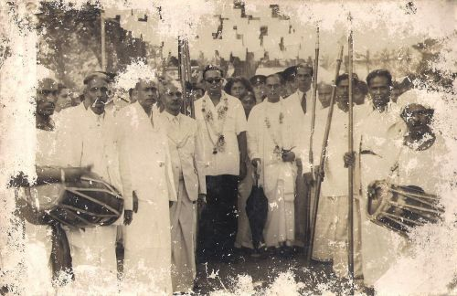 1280px-Hon.S.W.R.D.Bandaranayaka_in_Kandy_Ceylon_as_the_United_National_Party_Minister_of_Health_and_Local_Government_(Before_1951_Sept)